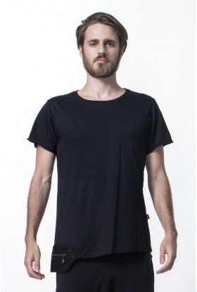 T-SHIRT WITH LEATHER POCKET