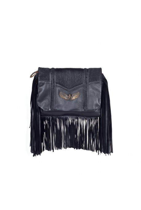 THE FRINGE CLUTCH